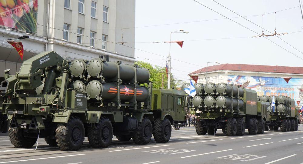 """俄""""舞会""""岸防导弹系统"""