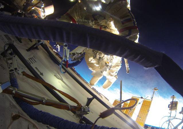 专家提出用宇航员尿液建月球殖民地
