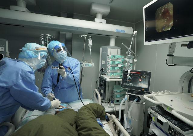 白皮书: 中国新冠肺炎累计治愈率94.3%