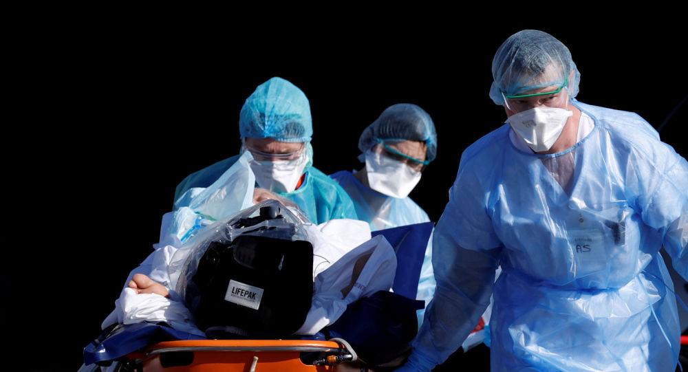 意大利医生打破有关新冠病毒的无稽之谈