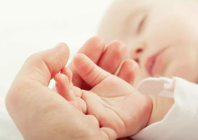 保加利亚有带新冠抗体的孩子出生