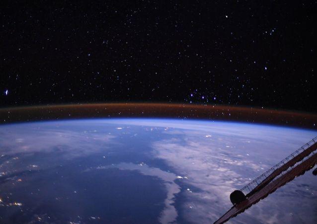 地球,国际空间站