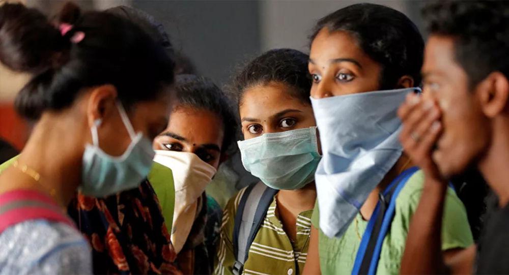 印度卫生部长:计划明年八月前为最多3亿人接种新冠疫苗