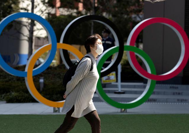 日本民众对东京奥组委主席的性别歧视言论感到愤怒