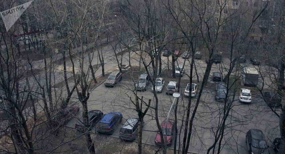 莫斯科约550名新冠病毒患者在家接受治疗