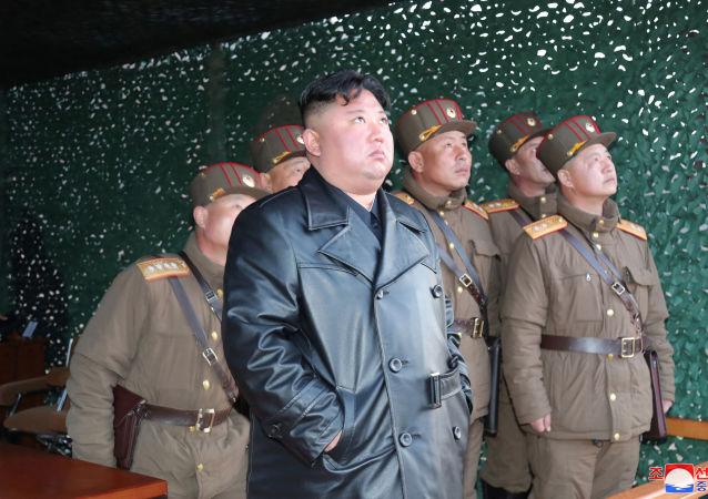 朝鲜中央广播电台发布金正恩积极工作的消息