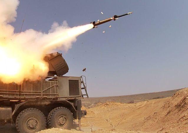 俄铠甲-S1导弹