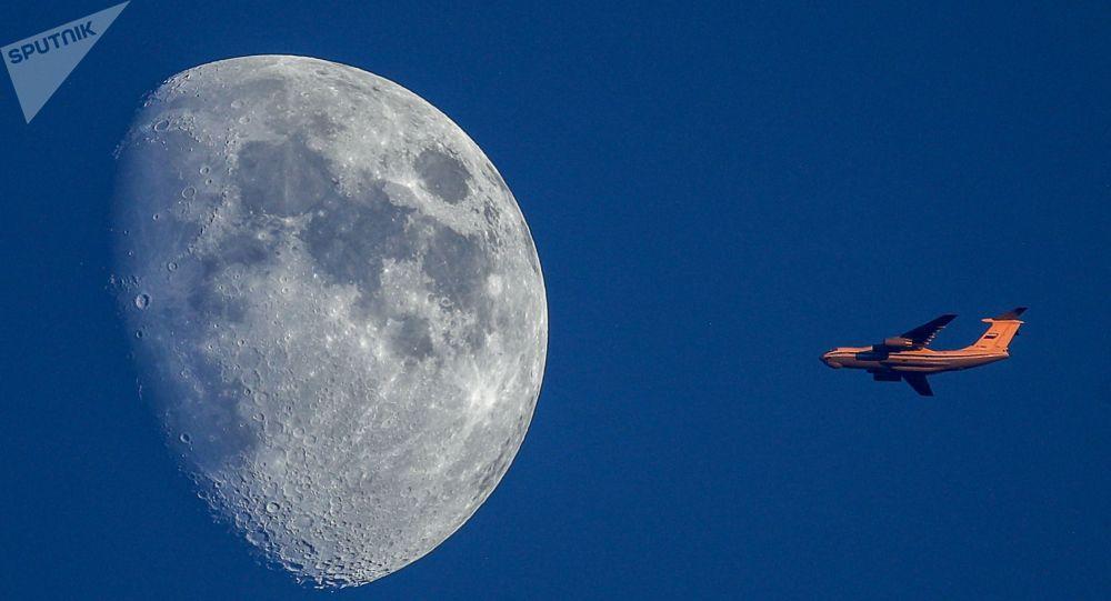 俄航天集团:俄首个探测器计划在2021年10月登陆月球表面
