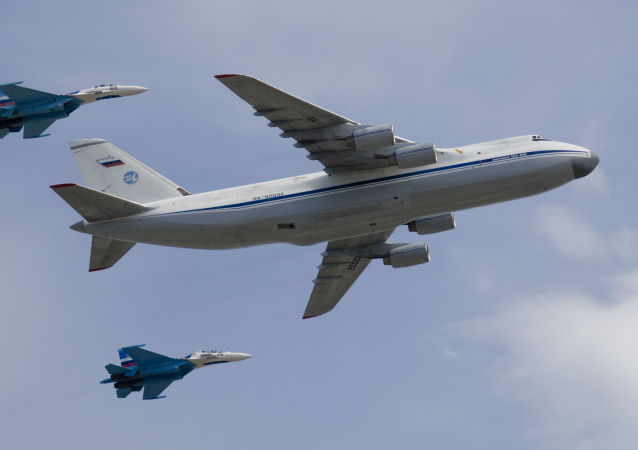 """安-124""""鲁斯兰""""运输机"""