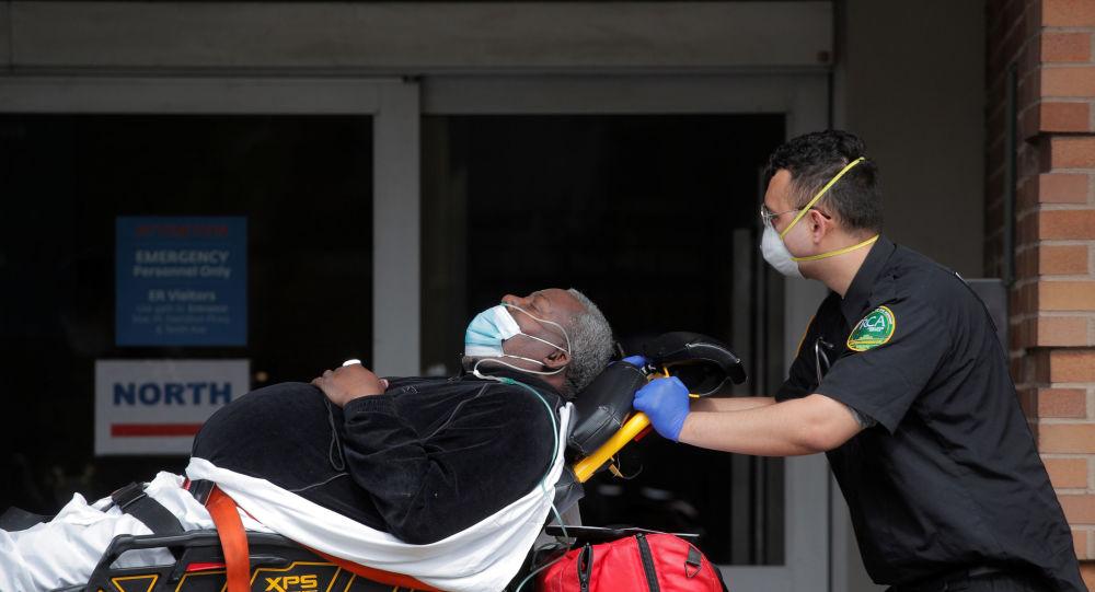 美国霍普金斯大学:美国单日新增2.4万余例新冠肺炎确诊病例