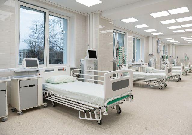 俄国防部将派遣2300多人在16座在建医疗中心抗疫