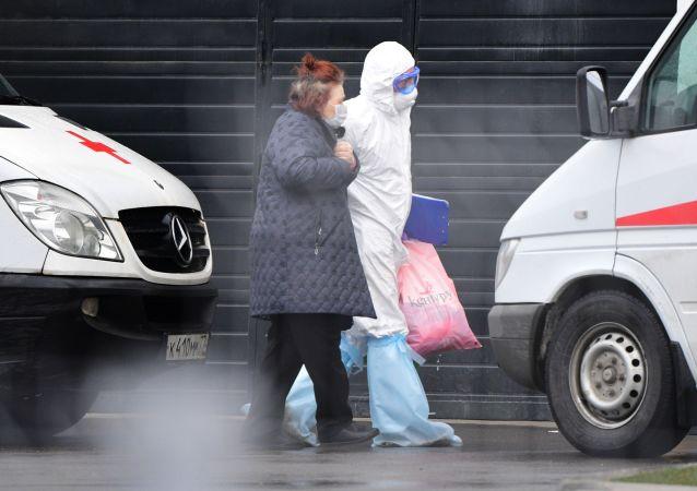 莫斯科市长:新冠肺炎患者实际人数约占莫斯科人口总数的2%