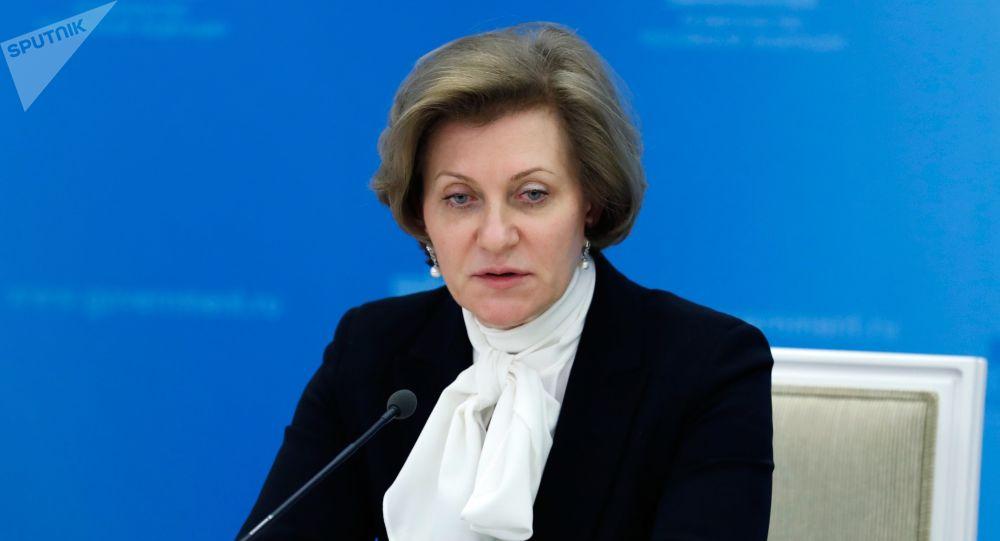 安娜·波波娃