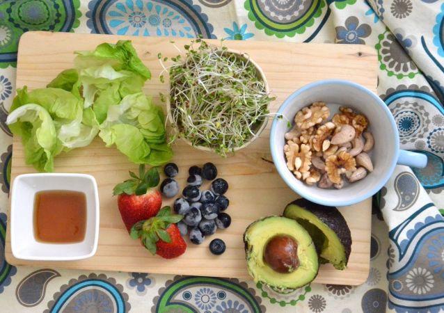 俄营养学家透露有助于缓解压力的食物