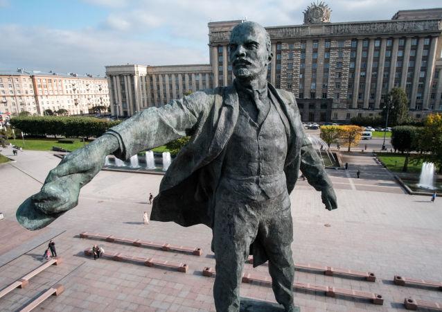 从北极到南极:世界各地的列宁雕像
