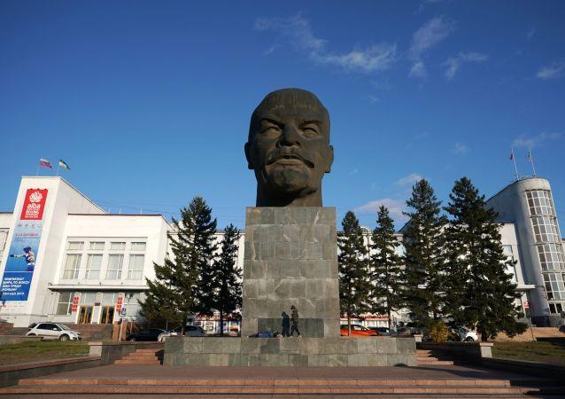 列宁纪念碑,乌兰乌德