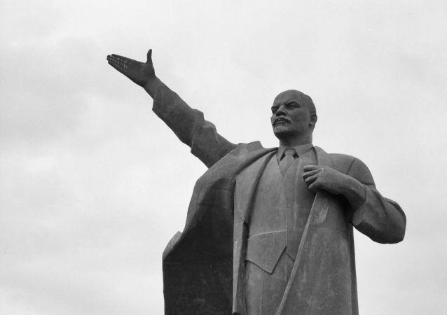 大部分俄罗斯民众认为列宁在国家历史中发挥了正面作用