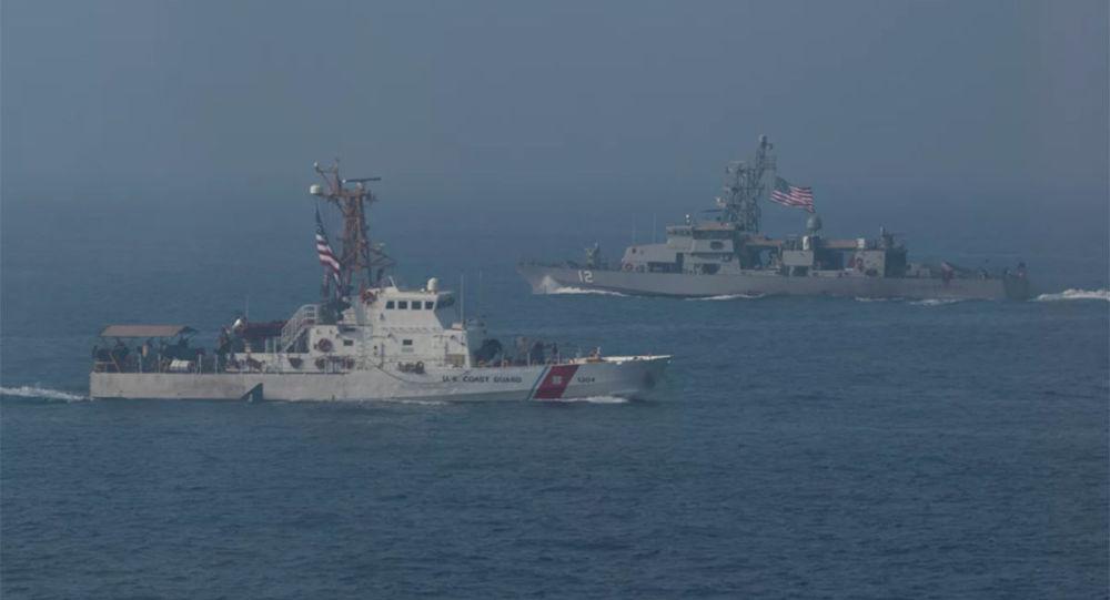 美国军舰在波斯湾