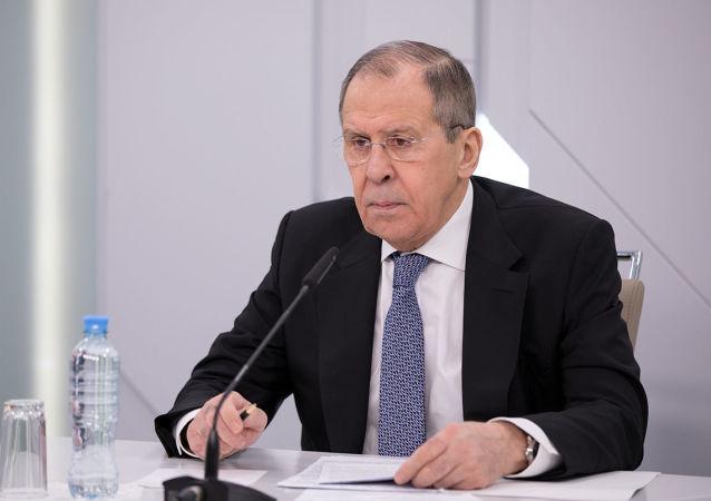 俄外长:莫斯科呼吁基辅和顿巴斯各方采取额外措施保障停火