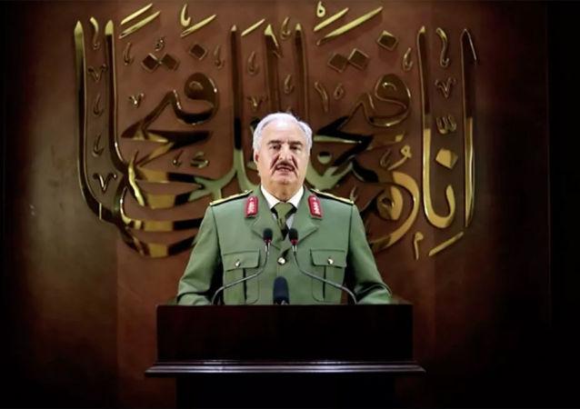 领导利比亚国民军的哈夫塔尔