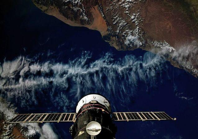 """下一艘""""进步""""号货运飞船将以最快的方案飞往国际空间站"""