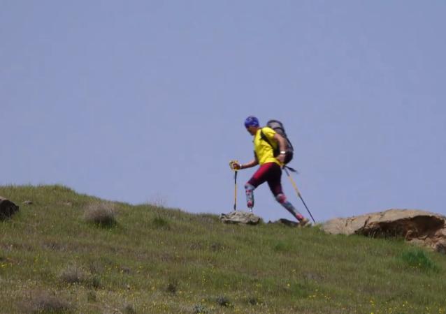 双腿截肢不是征服珠穆朗玛峰的障碍