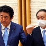 安倍晋三宣布解除日本全国因新冠疫情进入的紧急状态