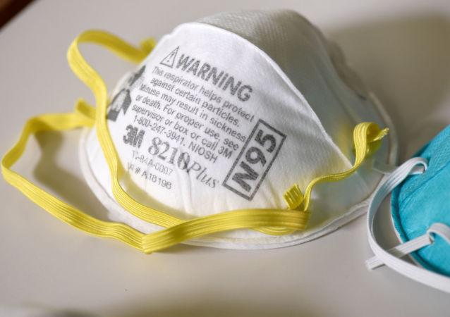 美媒:美国自中国进口的一批N95口罩系假冒产品