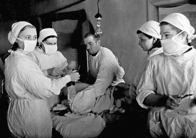 莫斯科档案总局公布在密室发现的有关二战期间疏散医院工作的秘密文件