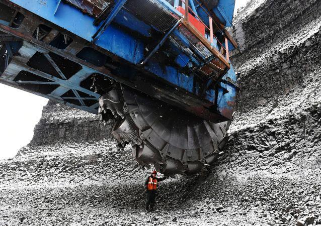 2020年俄煤炭产量将减少10.5% 出口减少13%