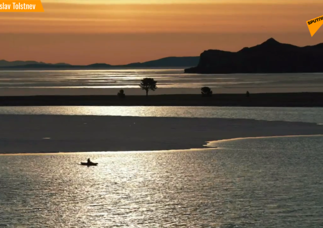贝加尔湖无与伦比的春天