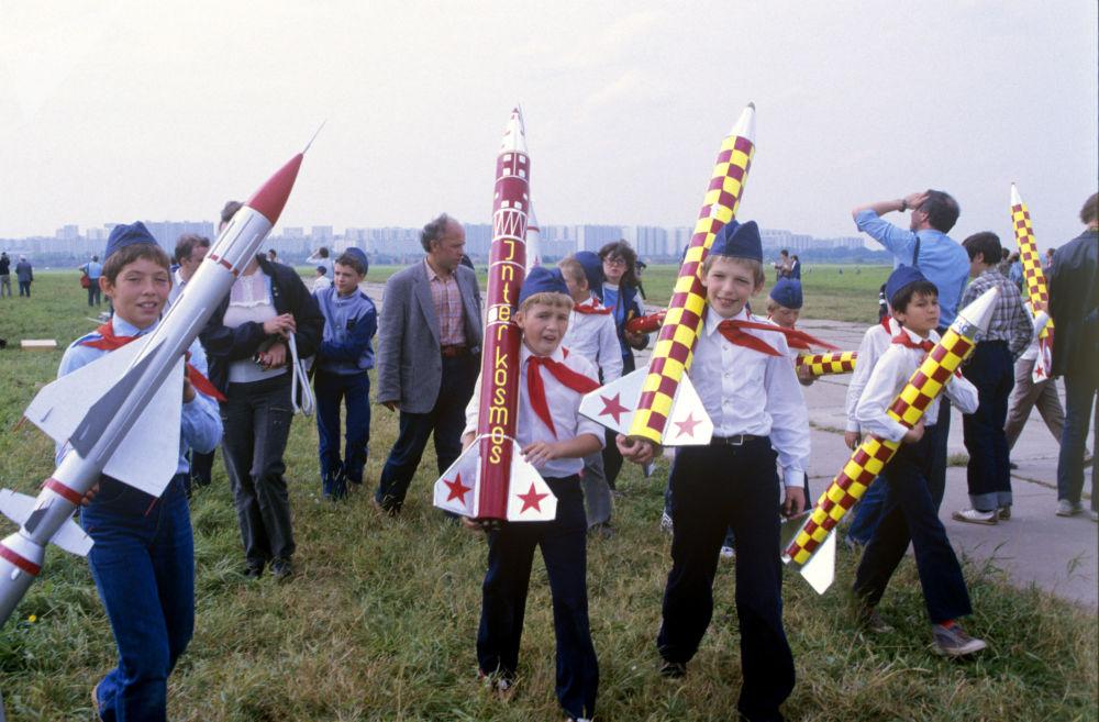 1987年少年火箭设计师俱乐部