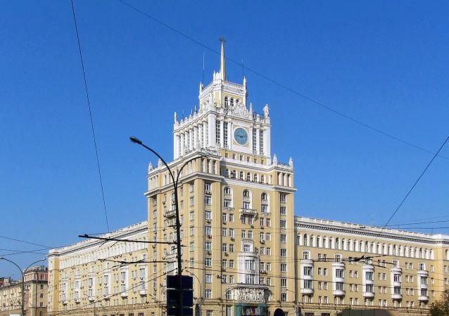 象征中苏友谊的莫斯科北京饭店的塔楼被修复