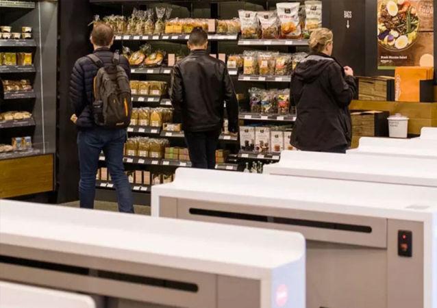 莫斯科首家无人售货超市开始试运营
