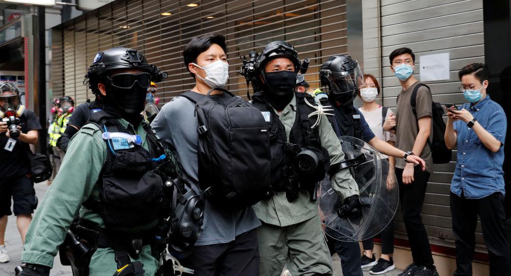 美英两国呼吁中国遵守关于香港的承诺