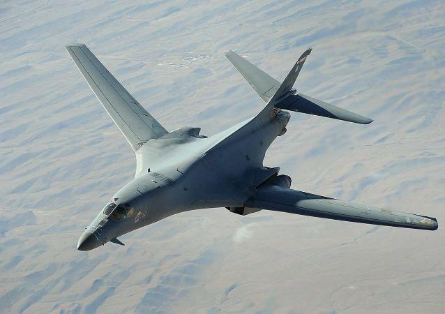 "B-1B ""枪骑兵""战略轰炸机"