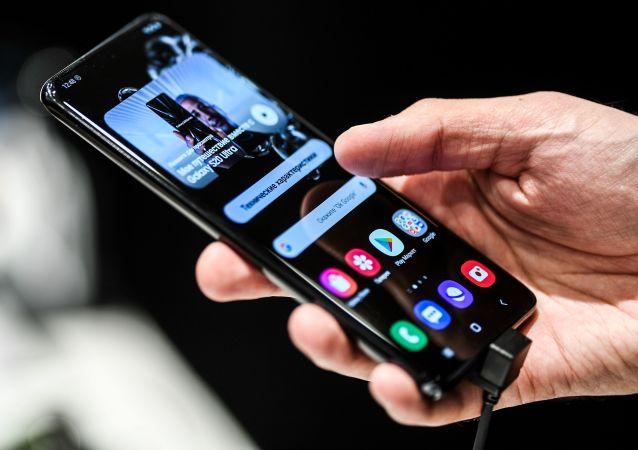 专家指出哪些智能手机可能会在手中爆炸