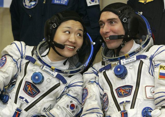 俄专家介绍太空生活如何影响宇航员的大脑