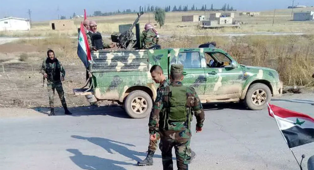 媒体:叙利亚军方和村民阻挡美军车队道路