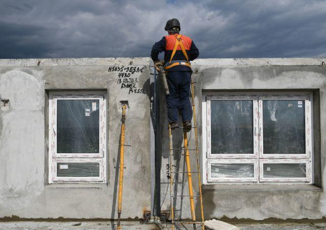 科学家想出减少工地上有害粉尘量的办法