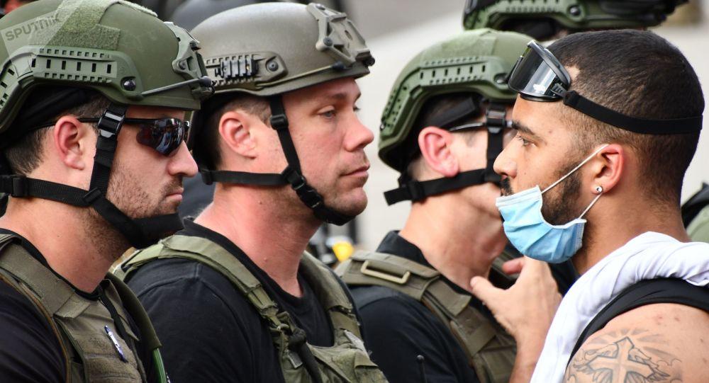 俄专家解释为什么抗议示威并不危及美国社会政治体系