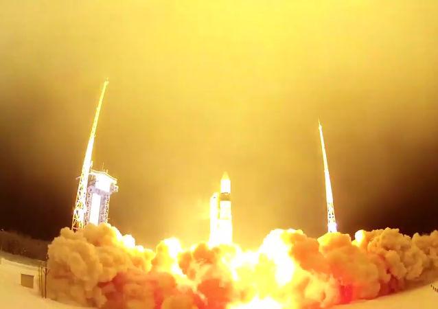 """俄""""呼啸-M""""改装火箭将于明年发射"""