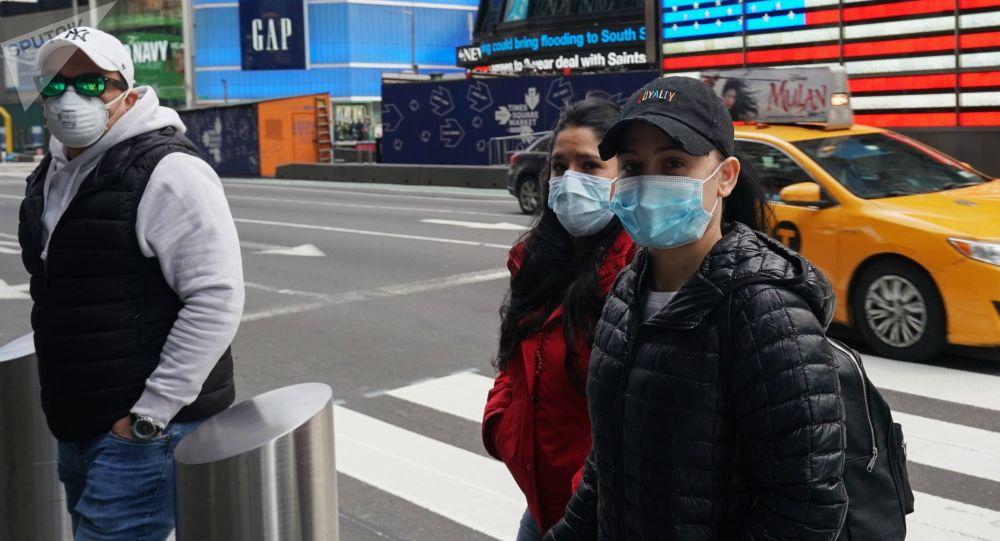 新冠病毒导致美国超过13万人死亡