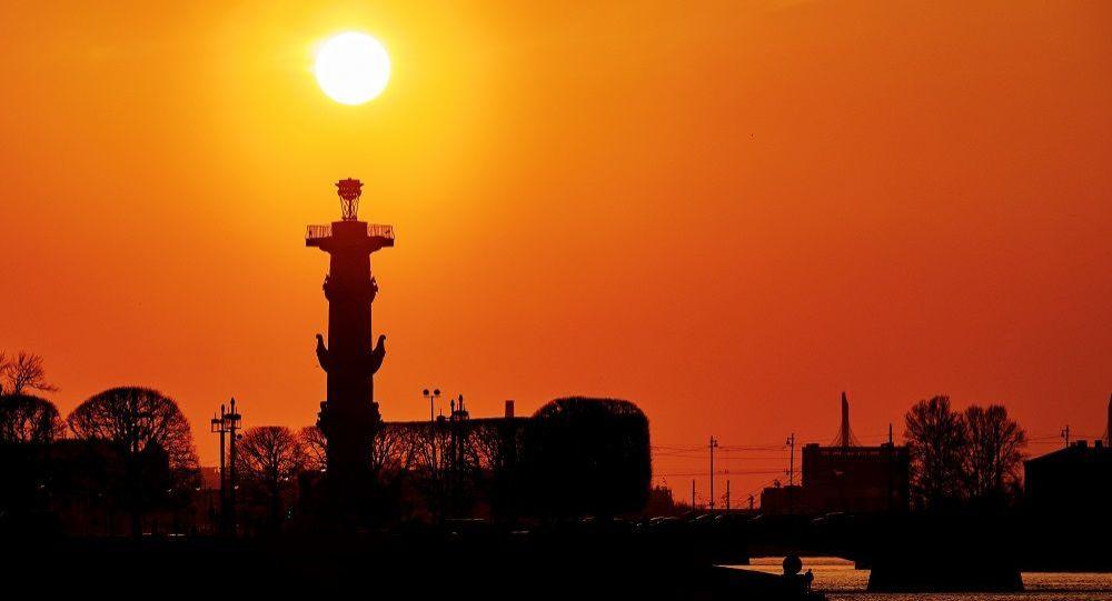 涅瓦河,圣彼得堡