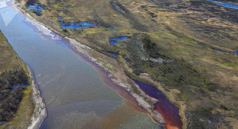 俄联邦自然资源利用监督局:水泥板塌陷导致诺里尔斯克热电站柴油泄露