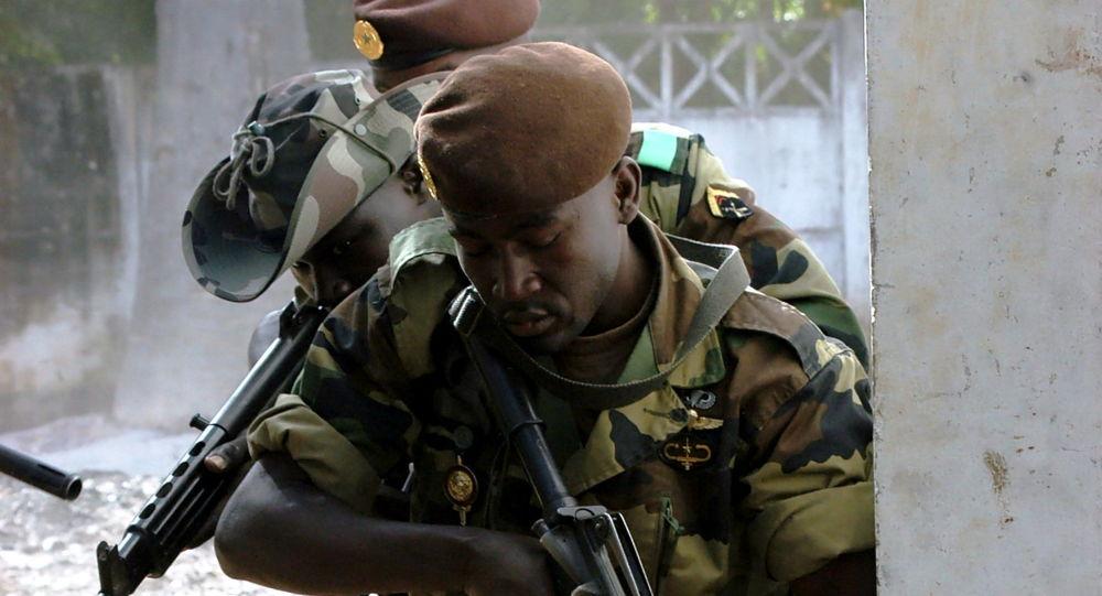 塞内加尔军人