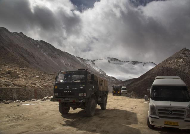 印度三军特种部队全部抵达班公湖