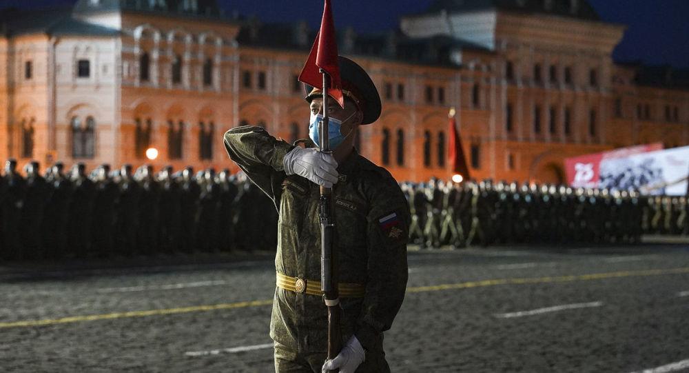 白俄总统将和自己的儿子们一起参加莫斯科胜利日阅兵
