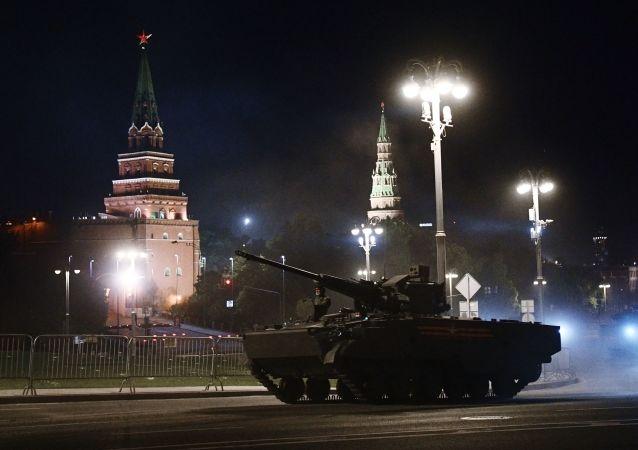 俄罗斯胜利阅兵首次夜间操练将在莫斯科红场进行