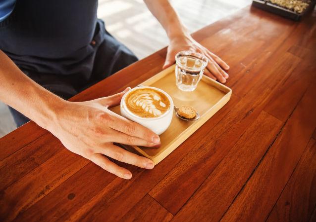 科学家:新的一天不能从喝咖啡开始